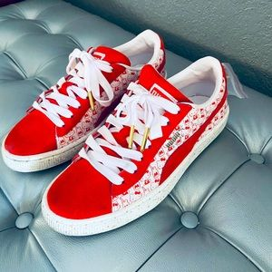 Hello Kitty x Puma Sneakers x Suede